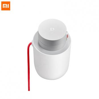 Автомобильный инвертор Xiaomi Mijia 100W Portable Car Power Inverter CZNBQ-1QM